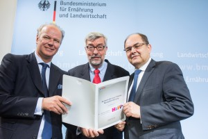 Studienübergabe an Bundesminister Christian Schmidt