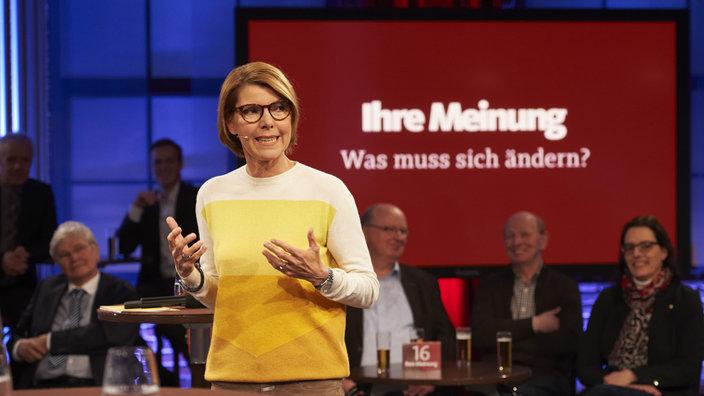 Ihre Meinung Moderatorin Bettina Böttinger ©WDR/Melanie Grande