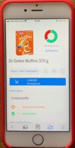 Das Foto zeigt ein Scan mit Code-Check. Das Produkt ist Dr. Oetker Muffns